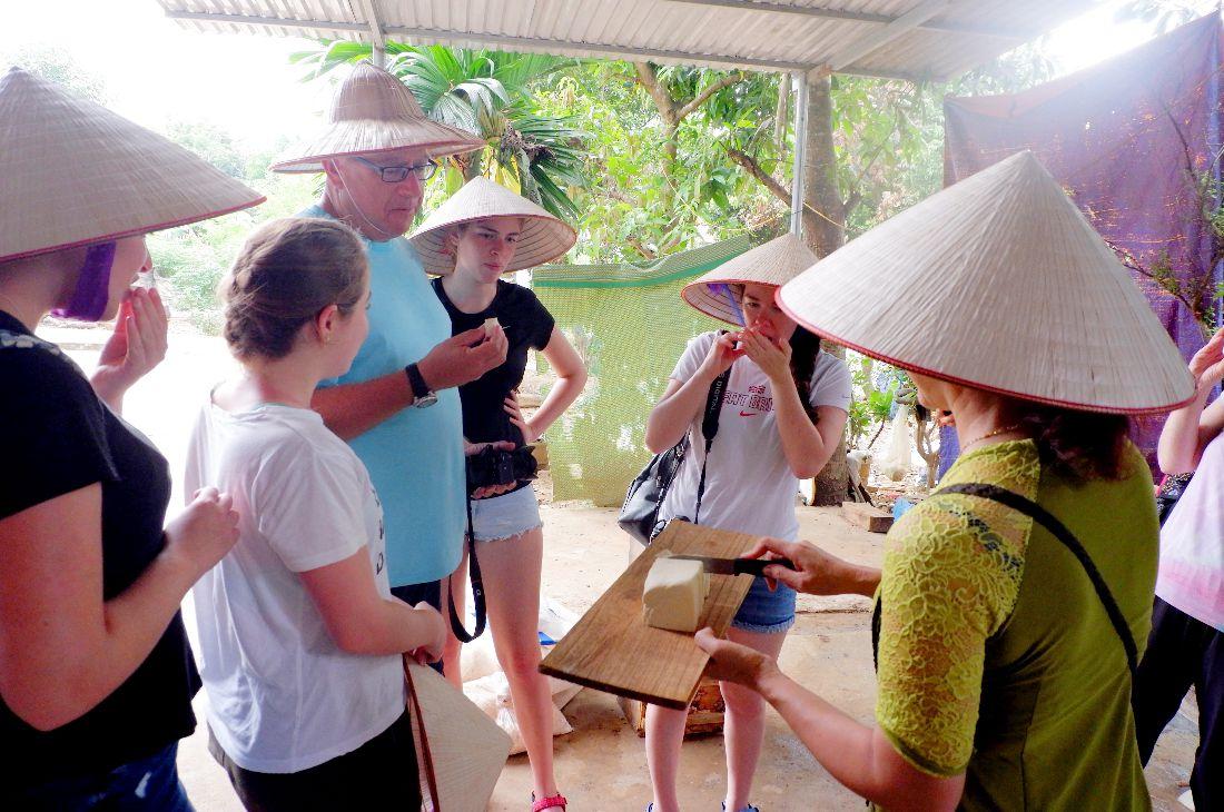 Visiting Village (1)